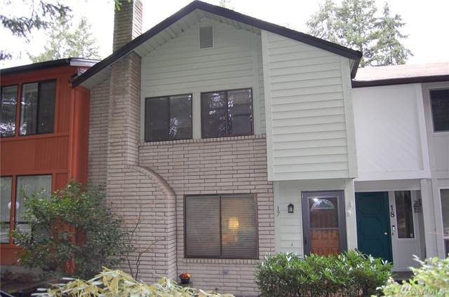 1801 Evergreen Park Ct SW #17, Olympia, WA 98502 (#1563748) :: Commencement Bay Brokers