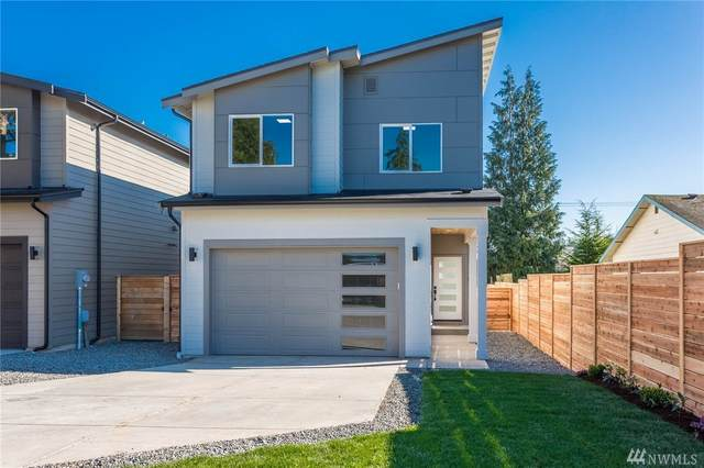 14426 11th Ave SW, Burien, WA 98166 (#1563889) :: Better Homes and Gardens Real Estate McKenzie Group