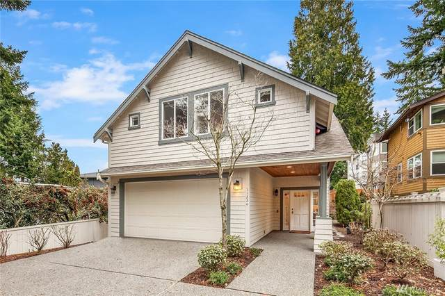 11224 NE 67th St, Kirkland, WA 98033 (#1564464) :: Northwest Home Team Realty, LLC