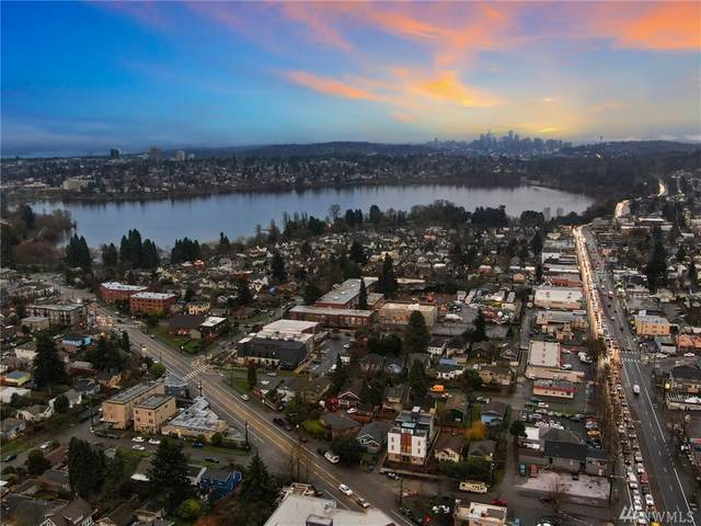 1121-A N 82nd St, Seattle, WA 98103 (#1564473) :: Lucas Pinto Real Estate Group