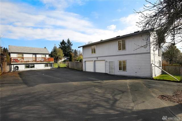 11034 26th Ave SW, Seattle, WA 98146 (#1564560) :: KW North Seattle