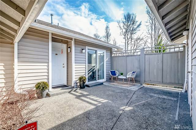 901 E Marine View Dr #201, Everett, WA 98201 (#1564831) :: Lucas Pinto Real Estate Group