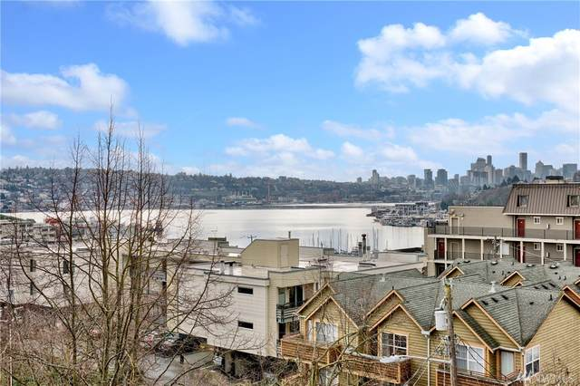 928 N 35th St, Seattle, WA 98103 (#1565068) :: The Kendra Todd Group at Keller Williams