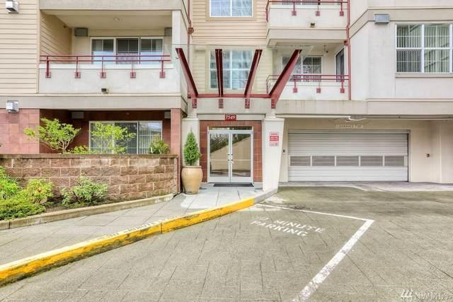 7549 SE 29th St #302, Mercer Island, WA 98040 (#1565268) :: Record Real Estate
