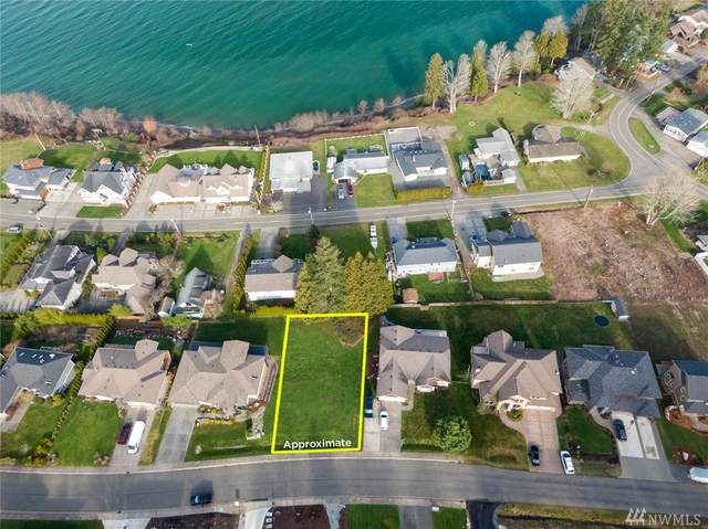 5544 Whitehorn Wy, Birch Bay, WA 98230 (#1565424) :: The Kendra Todd Group at Keller Williams