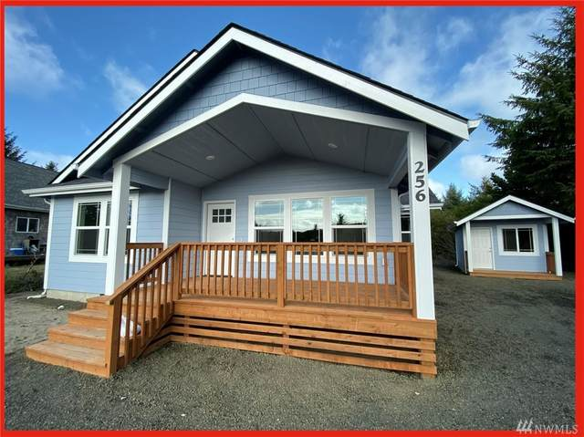 588 E Chance A La Mer NE, Ocean Shores, WA 98569 (#1565857) :: Real Estate Solutions Group