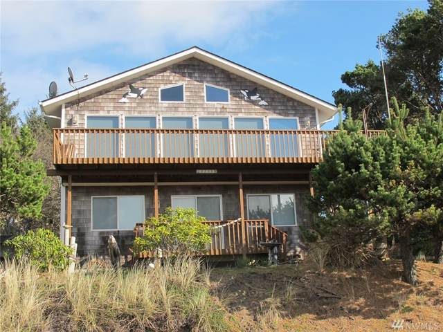 32318 J Place, Ocean Park, WA 98640 (#1565985) :: Ben Kinney Real Estate Team