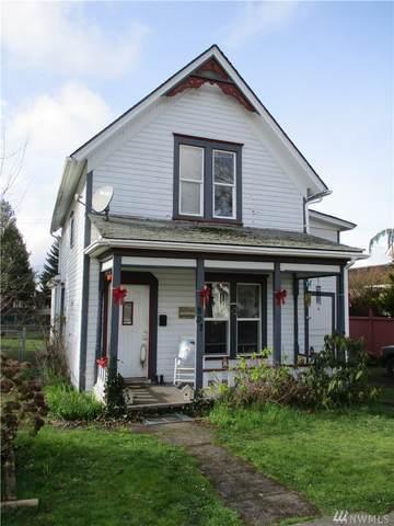 807 E St, Centralia, WA 98531 (#1566034) :: The Kendra Todd Group at Keller Williams