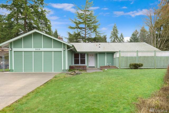 3019 168th Ave NE, Bellevue, WA 98008 (#1566041) :: Alchemy Real Estate