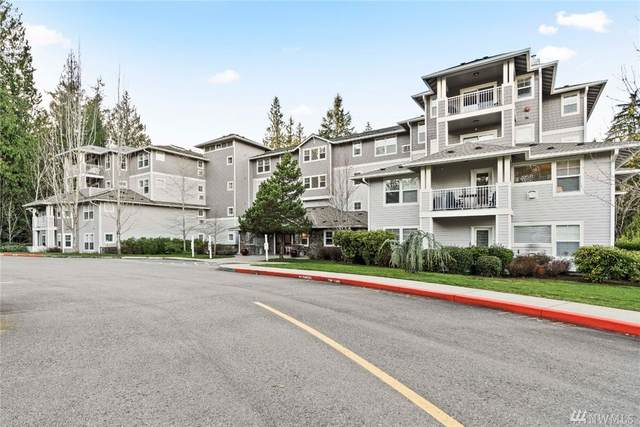 4535 Providence Point Place SE #104, Issaquah, WA 98029 (#1566046) :: KW North Seattle