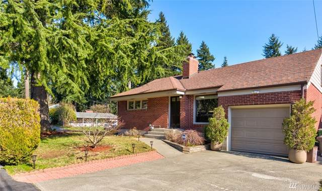 12058 3rd Ave NE, Seattle, WA 98125 (#1566142) :: TRI STAR Team | RE/MAX NW