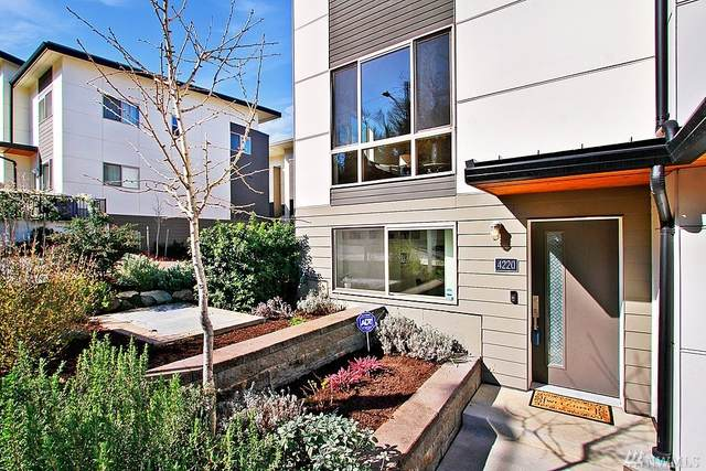 4220 S Trenton St, Seattle, WA 98118 (#1566233) :: Ben Kinney Real Estate Team
