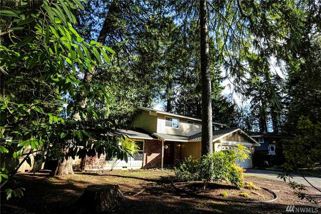2406 NE Breezewood Lane, Bremerton, WA 98311 (#1566387) :: Alchemy Real Estate