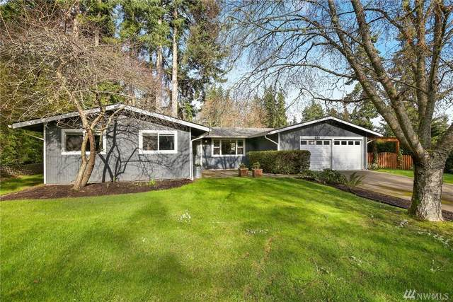 824 Eagle Cliff Rd NE, Bainbridge Island, WA 98110 (#1566519) :: Costello Team