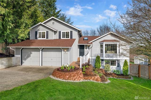 18222 NE 100th Ct, Redmond, WA 98052 (#1566540) :: The Kendra Todd Group at Keller Williams