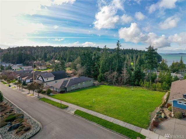 2710 Washington Blvd, Anacortes, WA 98221 (#1566555) :: The Shiflett Group