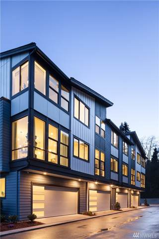 7829 NE 121st Lane A, 8, Kirkland, WA 98034 (#1566624) :: Mary Van Real Estate