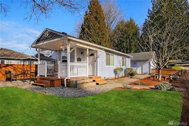 12624 70th Ave S, Seattle, WA 98178 (#1566759) :: The Kendra Todd Group at Keller Williams