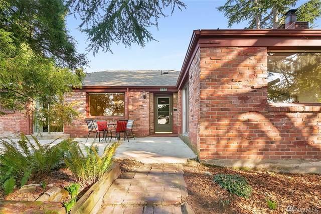 9030 2nd Ave NE, Seattle, WA 98115 (#1566888) :: Canterwood Real Estate Team