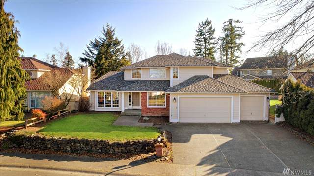 24808 231st Ave SE, Maple Valley, WA 98038 (#1567003) :: Mary Van Real Estate