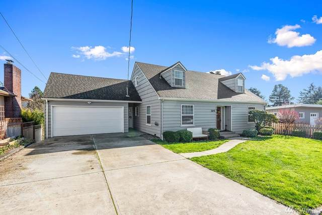 304 N 9th Ave, Kelso, WA 98626 (#1567176) :: The Kendra Todd Group at Keller Williams