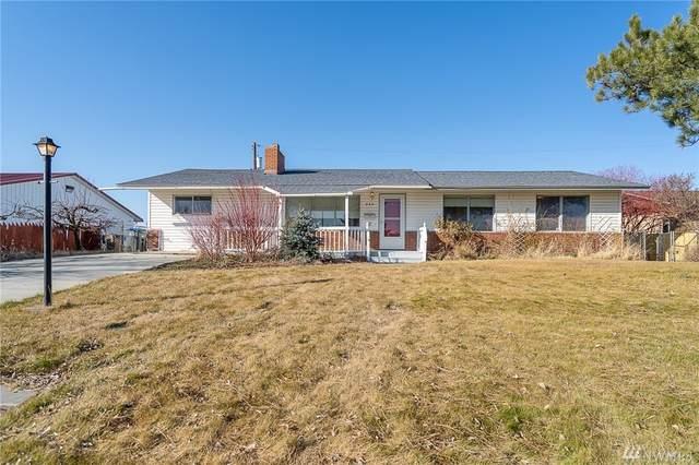 240 N Earl Rd, Moses Lake, WA 98837 (#1567269) :: The Kendra Todd Group at Keller Williams