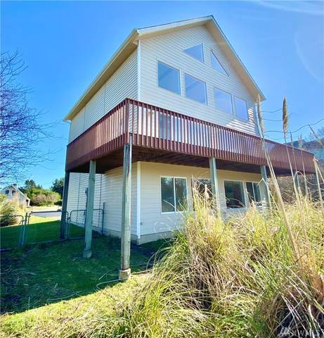 227 Sand Dune Ave SW, Ocean Shores, WA 98569 (#1567277) :: Ben Kinney Real Estate Team