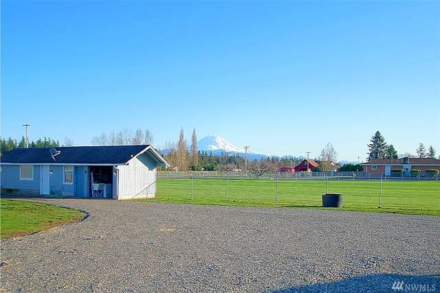 41227 188th Ave SE, Enumclaw, WA 98022 (#1567494) :: Northwest Home Team Realty, LLC