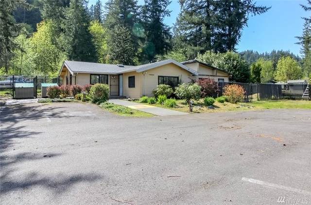 19861 Renton-Maple Valley Rd SE, Maple Valley, WA 98038 (#1567559) :: Mary Van Real Estate