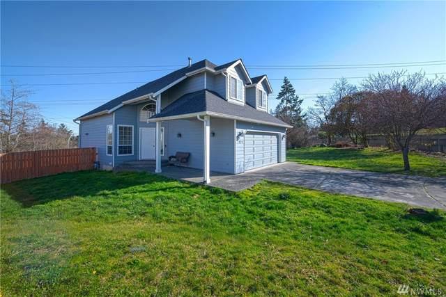 1424 Ponsteen Dr, Oak Harbor, WA 98277 (#1567565) :: Real Estate Solutions Group