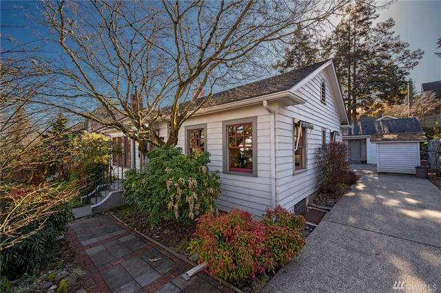 2221 E Miller, Seattle, WA 98112 (#1567566) :: The Kendra Todd Group at Keller Williams