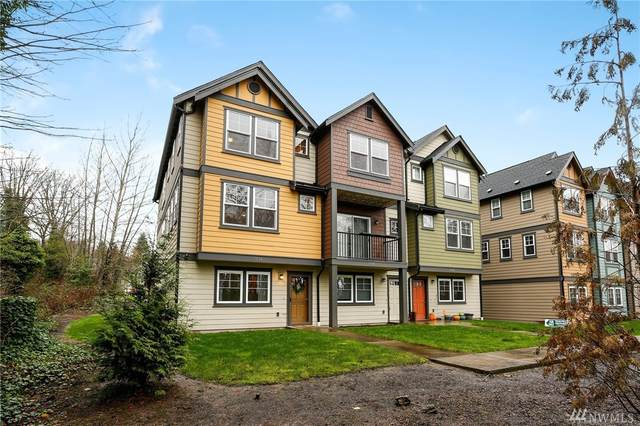 7174 Shinkle Place SW, Seattle, WA 98106 (#1567823) :: The Kendra Todd Group at Keller Williams