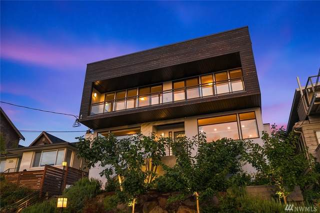 2122 11th Ave W, Seattle, WA 98119 (#1568057) :: The Kendra Todd Group at Keller Williams
