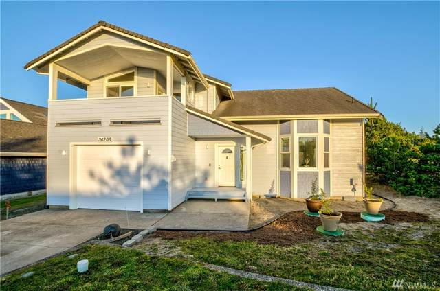 34206 G St, Ocean Park, WA 98640 (#1568186) :: Ben Kinney Real Estate Team
