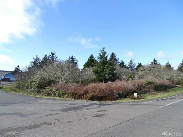 681 Pt Brown Ave SW, Ocean Shores, WA 98569 (#1568301) :: KW North Seattle