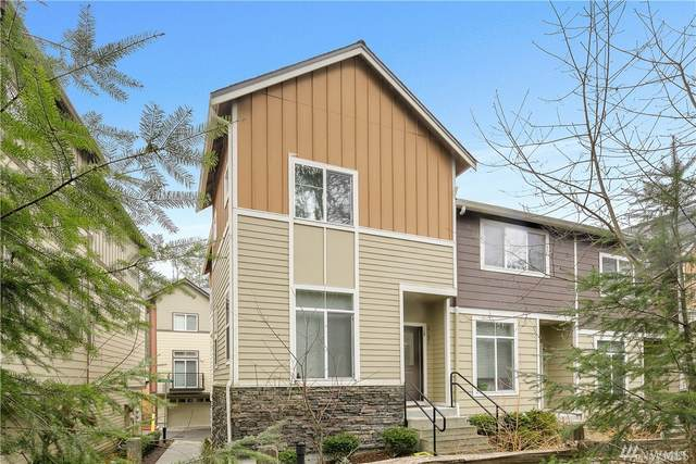 2131 NW Moraine Place, Issaquah, WA 98027 (#1568417) :: Mary Van Real Estate