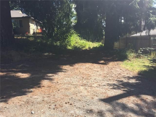 918 101st Street S, Tacoma, WA 98444 (#1568422) :: Ben Kinney Real Estate Team