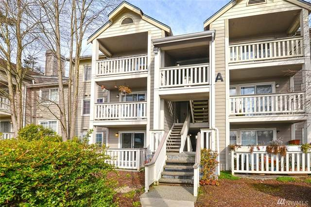215 100th St SW A106, Everett, WA 98204 (#1568467) :: The Kendra Todd Group at Keller Williams