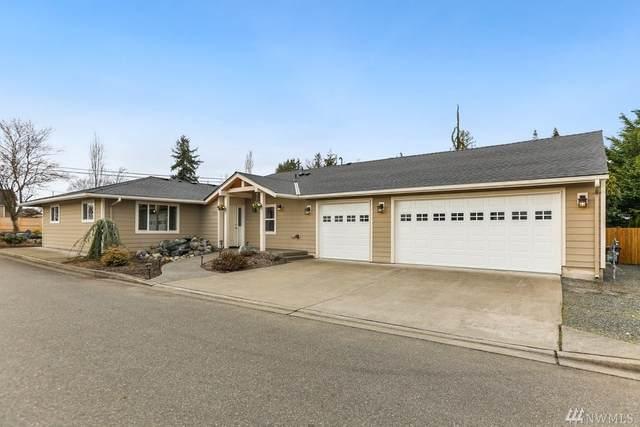 2329 Cedar Rd, Lake Stevens, WA 98258 (#1568837) :: Keller Williams Western Realty