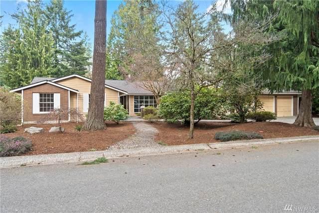 2423 209th Place NE, Sammamish, WA 98074 (#1568940) :: The Kendra Todd Group at Keller Williams