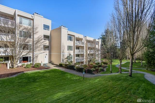 2740 76th Ave SE #305, Mercer Island, WA 98040 (#1569204) :: Real Estate Solutions Group