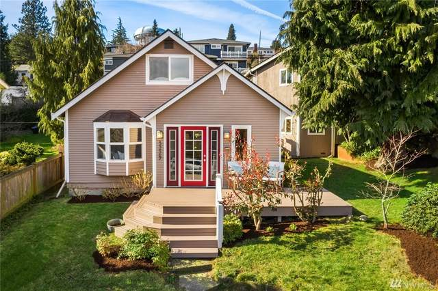 3229 35th Ave W, Seattle, WA 98199 (#1569215) :: Hauer Home Team