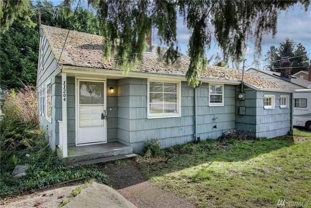 11204 Fremont Ave N, Seattle, WA 98133 (#1569362) :: Alchemy Real Estate
