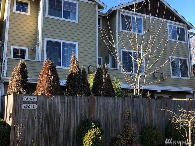 12017 32nd Ave NE A, Seattle, WA 98125 (#1569471) :: The Kendra Todd Group at Keller Williams