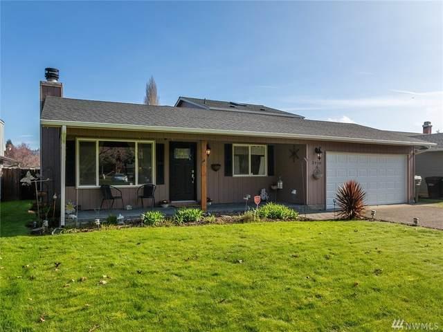3910 Cottonwood St, Longview, WA 98632 (#1569529) :: Mary Van Real Estate