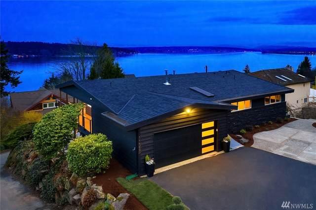 11325 Lakeside Ave NE, Seattle, WA 98125 (#1569536) :: The Kendra Todd Group at Keller Williams