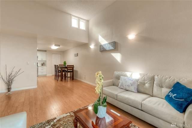 4308 NE Sunset Blvd U-3, Renton, WA 98059 (#1569972) :: Northwest Home Team Realty, LLC