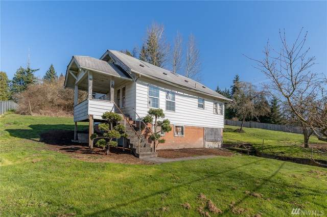 207 Holcomb Ave, Kelso, WA 98626 (#1570173) :: The Kendra Todd Group at Keller Williams