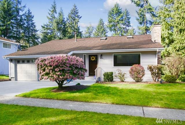 6501 121st Ave SE, Bellevue, WA 98006 (#1571235) :: Keller Williams Western Realty