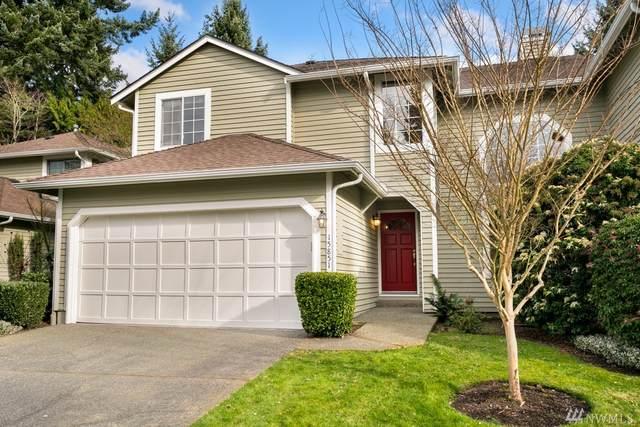15851 Northup Wy #29, Bellevue, WA 98008 (#1571267) :: Alchemy Real Estate